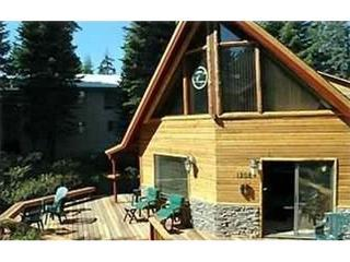 Nice home with huge wrap around deck - Gr8t Chalet!! 5br/3ba,Hot Tub. Foosball, Large Deck - Kings Beach - rentals