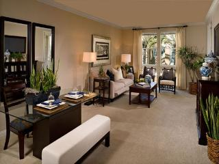 Boutique style community. La Jolla living at its finest. Luxury apartment - La Jolla vacation rentals