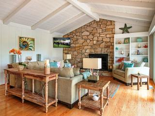 3631 - Beautiful, Sophisticated Beach Decor, Luxurious! - Central Coast vacation rentals