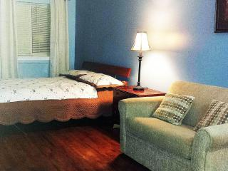 Be advised this is not longer available - Bronx vacation rentals