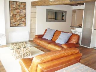***Last Minute***Fantastic 1 bedroom apartment in the 4th, sleeps 4***Marais Boheme - London vacation rentals