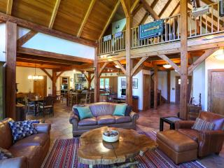 Timber frame Custom house near West Point - Mountainville vacation rentals