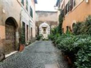 In the heart of Trastevere 2 - Rome vacation rentals