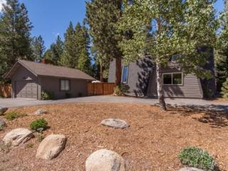 Great Escape Dollar Point Rental Home - Hot Tub - Tahoe City vacation rentals