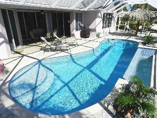 Villa Del Carmen - 3/2 Electric Heated Pool Home, Lake Front, High Speed Internet - Fort Myers vacation rentals