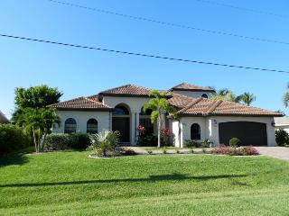 Signature - 3 Bedrooms, Heated Pool and Spa, Gulf Access, Southern Exposure - Fort Myers vacation rentals