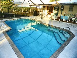 Casa Del Mar - 3 Bedrooms, 2.5 Baths, Heated Pool, Gulf Access, Walk to Fort Myers Beach - Fort Myers vacation rentals