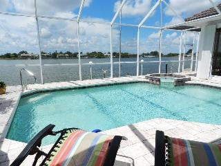 Saratoga - 3 Bedrooms, 2.5 Baths, Electric Heated Pool and Spa, Lakefront - Fort Myers vacation rentals