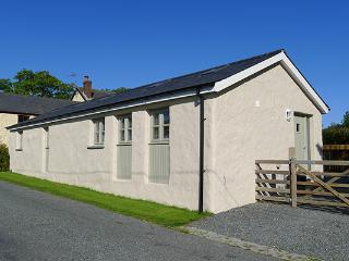 Pet Friendly Holiday Cottage - The Longhouse, Amroth - Pembrokeshire vacation rentals