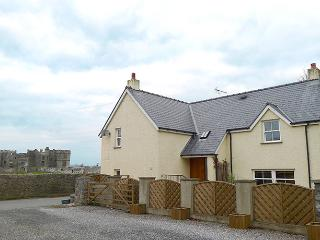 Five Star Pet Friendly Holiday Cottage - Gate Cottage, Carew - Cresswell Quay vacation rentals