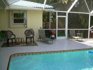 Tropical Pool Home with Deluxe Hot Tub ~ Sleeps 10 - Delray Beach vacation rentals