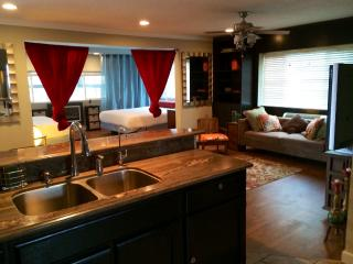 Hollywood Hotel Owners Suite!! - Hollywood vacation rentals