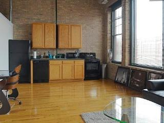 Brick LOFT inCool Area New Fulton Market District - Chicago vacation rentals