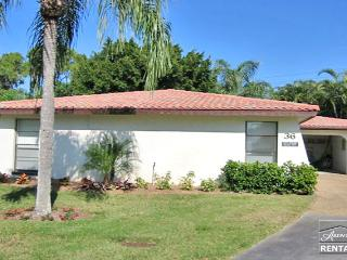Quiet and private 2 bedroom villa in well desired Hacienda Village! Available through September 2014! - Bonita Springs vacation rentals