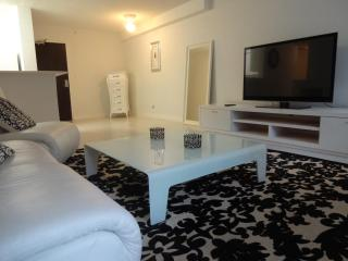The Phillipe suite - Miami Beach vacation rentals