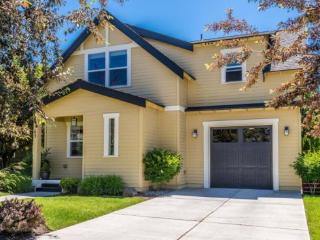 Newer Home in Old Mill District! Great Location, Quiet Neighborhood - Bend vacation rentals