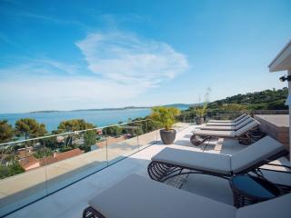 Outstanding contemporary penthouse in Saint-Tropez - Saint-Maxime vacation rentals