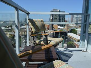 Stunning Highrise In Downtown Cultural District - Portland vacation rentals