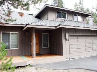 Spacious Home, Fully Stocked Kitchen, Hot Tub, Foosball Table - Sunriver vacation rentals