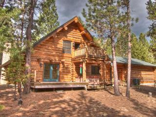 Luxury Vacation Rental, Pet Friendly, AC, Foosball, Ping Pong, Hot Tub - Sunriver vacation rentals