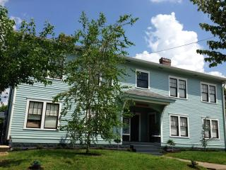 Suite 1 In Victorian Community Washer/dryer 3 beds - Kentucky vacation rentals