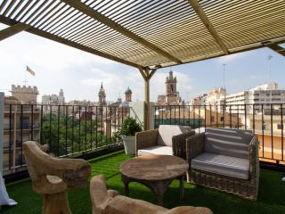 La Lonja Attic - Valencia vacation rentals