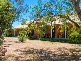 Tinonee Country House, Hunter Valley - Broke vacation rentals