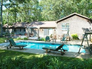 MONEN - Vacation Retreat, Heated Pool, AC, WiFi, Close Proximitity to Towns and Beaches , Perfect Home for Extended Families. - Vineyard Haven vacation rentals