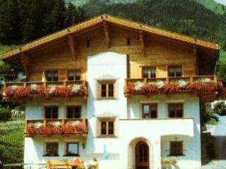Vacation Apartment in Pettneu am Arlberg - comfortable, calm, nice view (# 5200) - Oberstdorf vacation rentals