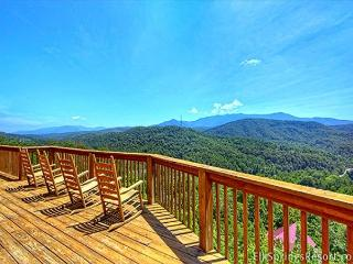 7 Bedrooms - Awesome Views - 4 Minutes to Downtown - Gatlinburg vacation rentals