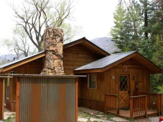 Creekside cabin in Ouray, CO - Ouray vacation rentals