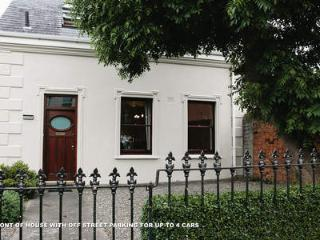 Charming Town House Within A 15 Minutes Bus Ride To The City/Downtown - County Dublin vacation rentals