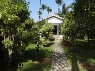 Beautiful villa for 4 people feet in the water - Las Terrenas vacation rentals