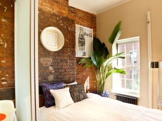 Vintage East Village 1-Bedroom with Exposed Brick - Manhattan vacation rentals