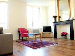 LILLE CITY CENTER: cosy one bedroom apartment - Lille vacation rentals