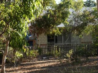 Old Dunsborough Country Club Holiday Cottage - Dunsborough vacation rentals