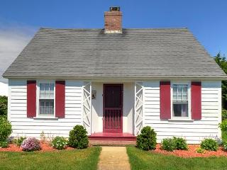 Pilgrim Colony Cottage Yards to the Bay (1511) - Wellfleet vacation rentals