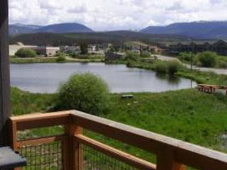 Waterside West A201: Fantastic Fraser townhome with views of the lake & stunning Rocky Mountains. - Image 1 - Winter Park - rentals