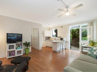 Little Manly Beach Side - Sydney Metropolitan Area vacation rentals