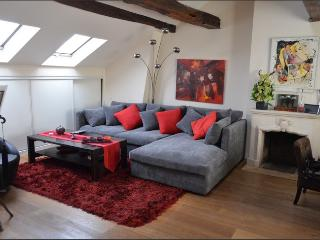 Amazing 1BR 1BA Rue Quincampoix - apt #164 75004 - Paris vacation rentals
