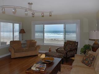 House with 2 BR-2 BA in San Diego (3969 Ocean Front Walk #4) - San Diego vacation rentals