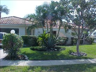 Home 04507 82172 - Marco Island vacation rentals