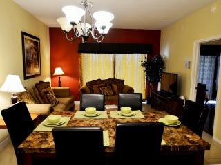 2 miles to Disney, 4BR/3BA big Condo from $75/NT - Kissimmee vacation rentals