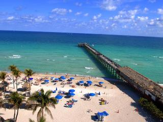SUNNY ISLES BEACHFRONT 3 BEDROOM 3 PRIVATE TERRACES - Miami vacation rentals