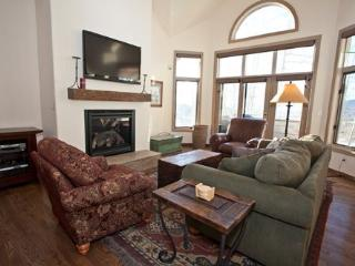 Village Creek 3 - 3 Bd / 3 Ba - Sleeps 7 Comfortably - True Ski In Ski Out - Located in Mountain Village Core - Mountain Village vacation rentals