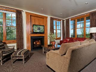 Resort Luxury Setting Right in Town on Snow King Mountian w/ sweeping views - Jackson vacation rentals