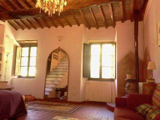 Il Baroncino - Extra Room I Carri - Sovicille vacation rentals