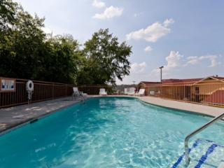 Nana Bear - Sevier County vacation rentals