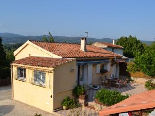 B&B Les Cigales - Salernes vacation rentals