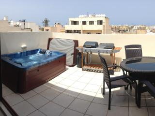 001 Emerald Sliema Penthouse - Sliema vacation rentals